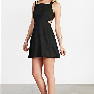 Ecote Black cutout Dress